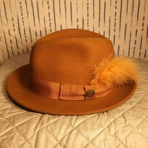 Goorin Bros wide brim fedora, cognac, medium-sized